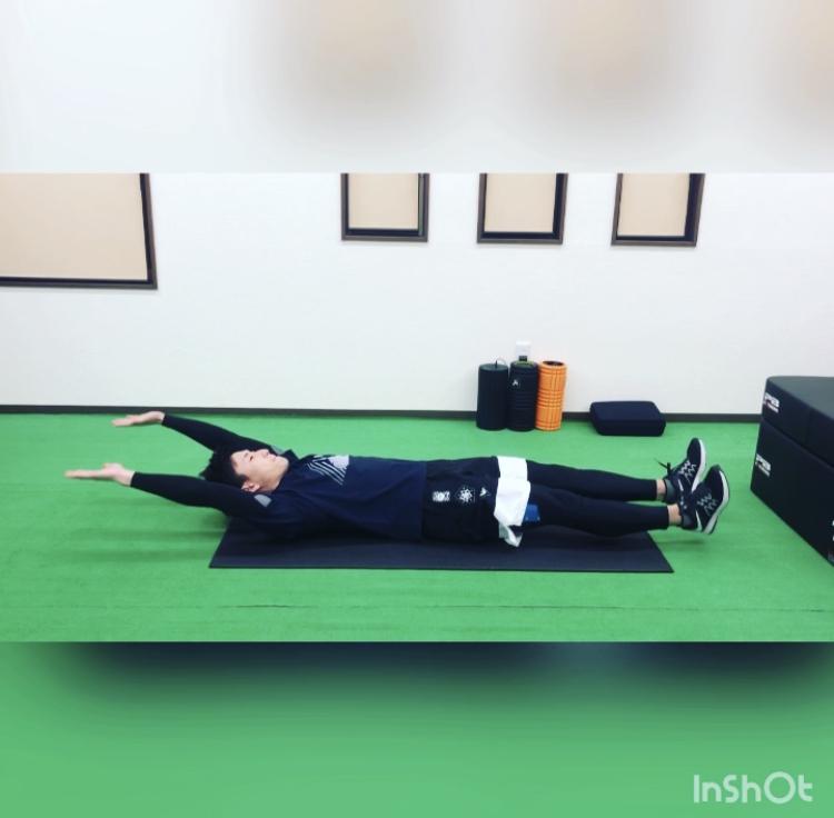 岡崎市のパーソナルトレーニングジムが指導するおうちトレーニング